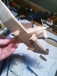 assemblage avion bois Robin DR-400